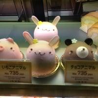 รูปภาพถ่ายที่ Anniversary 青山店 โดย Keita M. เมื่อ 10/27/2012