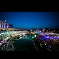 5/7/2013 tarihinde T & A.ziyaretçi tarafından Via Port'de çekilen fotoğraf