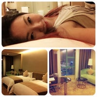 Photo taken at 南宁阳光财富国际酒店 Grand Soluxe Fortune International Hotel by Sharron C. on 3/21/2013