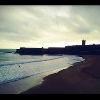 Foto tirada no(a) Praia da Torre por Federica R. em 2/1/2013