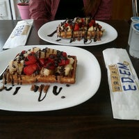 Foto scattata a Waffle Edem 46 da Tuğçe S. il 11/6/2012