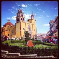 Foto tomada en Plaza de La Paz por Johnny V. el 3/26/2013