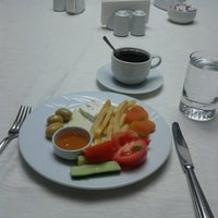 1/9/2013 tarihinde Gokmenziyaretçi tarafından Akar International Hotel'de çekilen fotoğraf