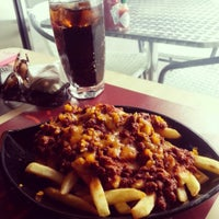 Photo taken at Burger house by Fatima J. on 4/16/2013