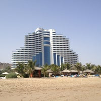 Photo taken at Le Méridien Al Aqah Beach Resort by Yulia S. on 1/13/2013