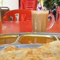 Photo taken at Restoran Al-Nazmaju by Al Ameen Iman on 2/7/2013