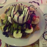 4/20/2013 tarihinde Işılay S.ziyaretçi tarafından Waffle'cı Akın'de çekilen fotoğraf