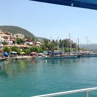 7/13/2013 tarihinde Nahide K.ziyaretçi tarafından Kaş Limanı'de çekilen fotoğraf