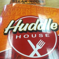 Photo taken at Huddle House - Permanently Closed by Richard M. on 12/25/2012