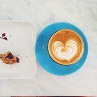 Foto tirada no(a) Norm Coffee por Ilgın T. em 9/10/2015