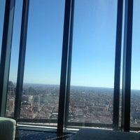 Foto tomada en Hotel Eurostars Madrid Tower por Angela V. el 4/18/2013