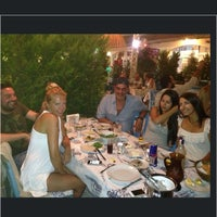 7/28/2013 tarihinde Miray Ç.ziyaretçi tarafından Meyhane Şerefe'de çekilen fotoğraf