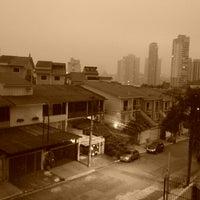 Photo taken at Residencial Torres de Mariana by Yuri R. on 5/9/2013