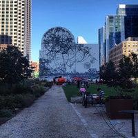 Foto tirada no(a) Dewey Square por Jess S. em 9/20/2013