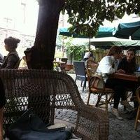 10/26/2012 tarihinde Müslüm B.ziyaretçi tarafından Bachçe Cafe'de çekilen fotoğraf