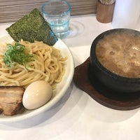 Photo taken at ぶっと麺 しゃにむに by 松次郎 on 4/9/2018