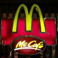 Photo taken at McDonald's / McCafé by 陳杰倫 (. on 8/29/2013