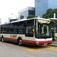 Photo taken at SMRT Buses: Bus 190 by 陳杰倫 (. on 7/31/2013