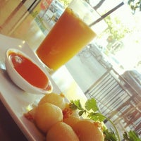Photo taken at Thai Canteen by Mendel L. on 9/20/2012