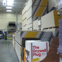 Photo taken at Lowe's Home Improvement by Sylvia O. on 11/19/2012