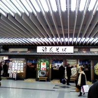 Photo taken at 浪花そば 新大阪店 by Tagayasu M. on 1/11/2013