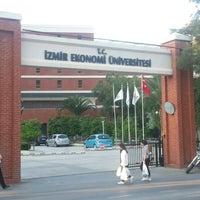 5/4/2013 tarihinde Kenan B.ziyaretçi tarafından İzmir Ekonomi Üniversitesi'de çekilen fotoğraf