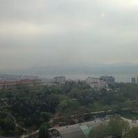 4/22/2013 tarihinde Desertrose F.ziyaretçi tarafından Hilton Istanbul Executive Lounge'de çekilen fotoğraf