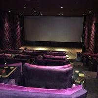Foto scattata a Cinema Pink da Yavuz Efe A. il 5/26/2016