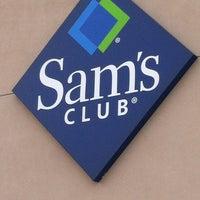 Foto diambil di Sam's Club oleh Avonlie T. pada 7/14/2013