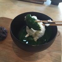 Foto tirada no(a) Peace Oriental Teahouse por Natt K. em 7/23/2017