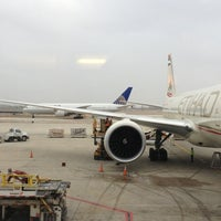 Photo taken at Scandinavian Airlines (SAS) Lounge by Ariel E. on 2/19/2013