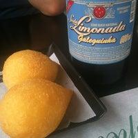 Foto tirada no(a) Santa Coxinha por Pamela P. em 12/11/2012