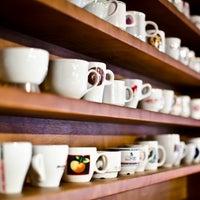 Снимок сделан в Чашка Espresso Bar пользователем Чашка Espresso Bar 3/20/2014