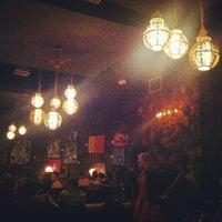 Foto tomada en The Dresden Restaurant por gno m. el 6/7/2013