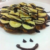 3/21/2013 tarihinde Burçak Y.ziyaretçi tarafından Waffle Edem 46'de çekilen fotoğraf