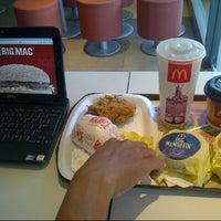Photo taken at McDonald's by ULANDarlis on 10/20/2012