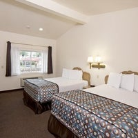 anaheim discovery inn and suites the anaheim resort. Black Bedroom Furniture Sets. Home Design Ideas