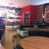 Photo taken at Burger King by Andre A. on 11/8/2012