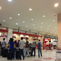 Photo taken at Arrival Hall (Terminal 2) by Queen H. on 6/7/2013