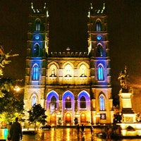 Photo taken at Notre-Dame Basilica of Montréal by Parveen K. on 7/24/2013