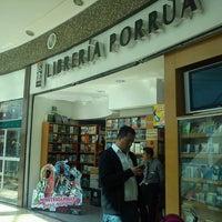 Photo taken at Librería Porrúa by Cecy S. on 4/29/2013