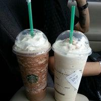 Photo taken at Starbucks by Dennisse D. on 12/1/2013