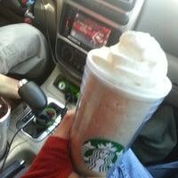 Photo taken at Starbucks by Dennisse D. on 4/6/2014
