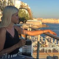Photo prise au The Terrace Restaurant par Viktoria K. le7/28/2018