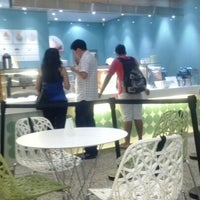 Photo taken at Pinkberry by Hollman S. on 1/1/2013