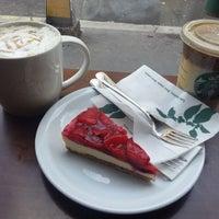 Photo taken at Starbucks by Lívia K. on 11/2/2012