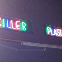 Foto scattata a Plastic da Frine T. il 10/31/2012