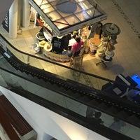 Plaza Art Store