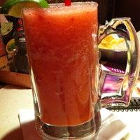 Foto tomada en La Parrilla Mexican Restaurant por Bianca M. el 3/22/2013