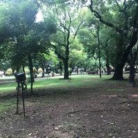 Foto tirada no(a) Benavides Park (Lover's Lane) por Paul C. em 7/4/2017